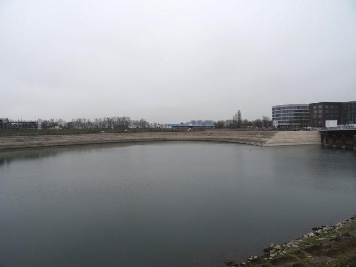 Probleme im Duisburger Innenhafen: The Curve kann nicht wie geplant umgesetzt werden