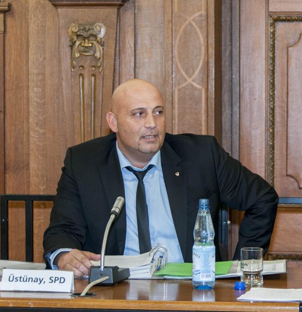 Erkan Üstünay, Vorsitzender des Integrationsrates der Stadt Duisburg. Foto: Stadt Duisburg.