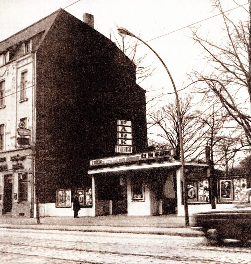 Als die Stadtteile noch eigene Kinos hatten: das Park Theater in Duisssern an der Brauerstraße / Ecke Mülheimer Straße. Heute befindet sich dort die Druckerei Edel. Foto: Zeitzeugenbörse Duisburg.