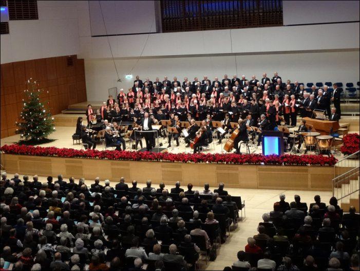 """Weihnachtskonzerte 2018 der Jubilaren-Vereinigung thyssenkrupp in Duisburgs """"Guter Stube"""""""
