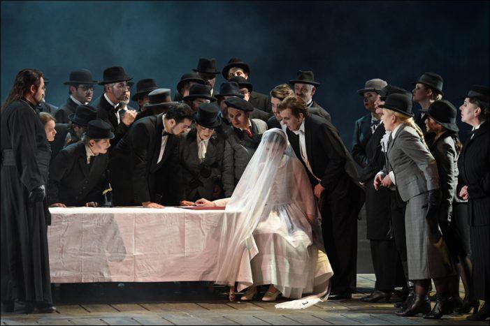 Deutsche Oper am Rhein: Lucia di Lammermoor begeisterte im Theater Duisburg