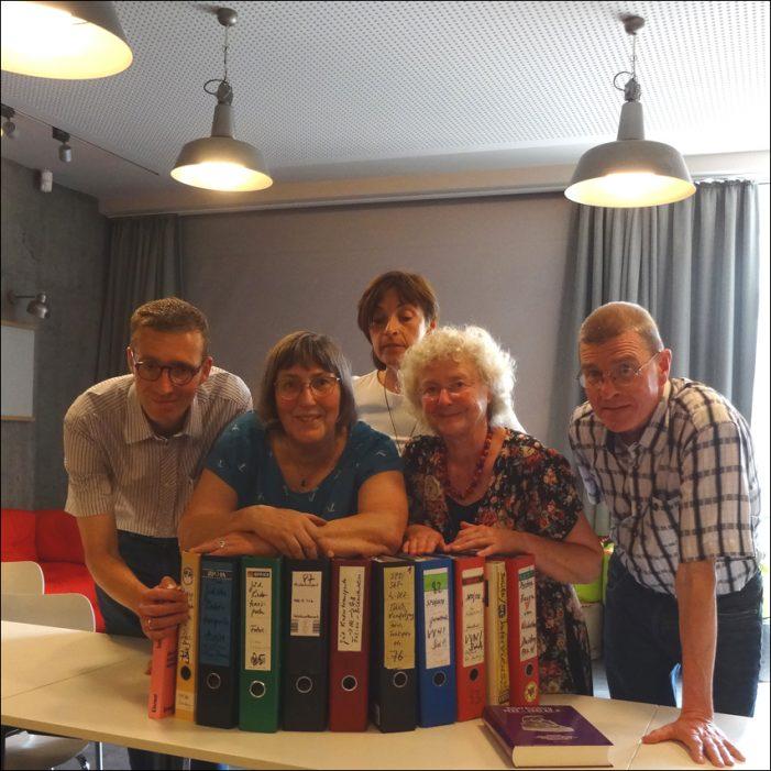 Zentrum für Erinnerungskultur: VVN übergab historische Unterlagen zum politischen Widerstand in Duisburg