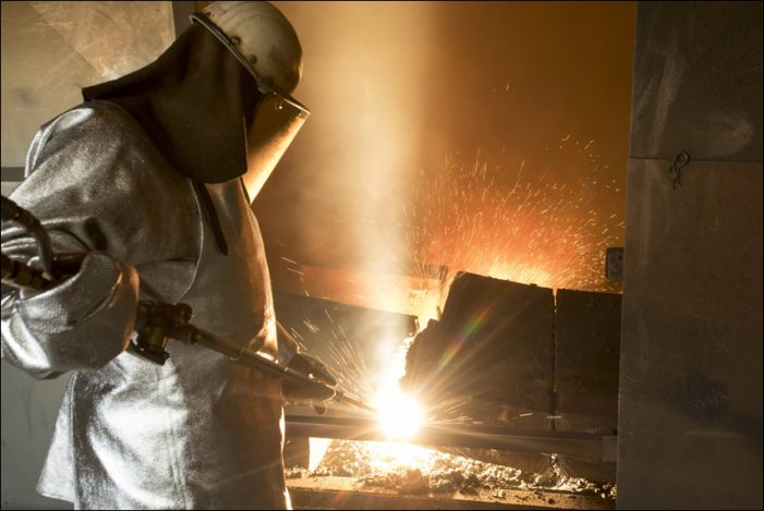 Duisburg-Beeckerwerth: thyssenkrupp nimmt neue Brennhauben im Stahlwerk in Betrieb