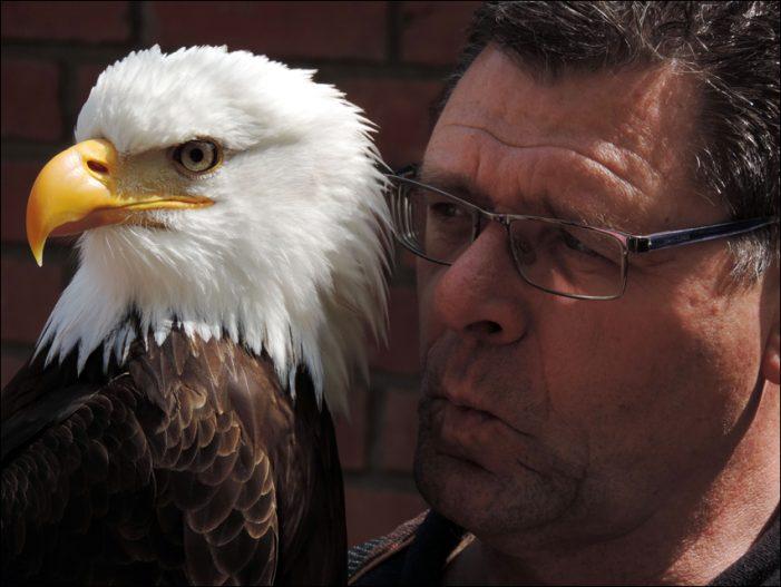Zoo Duisburg: Tag der Deutschen Einheit mit Adler & Co.