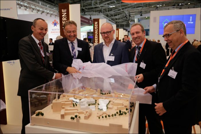 """Fokus Development AG stellt Modell für das Wohnungsbauprojekt """"St. Vincenz-Quartier"""" auf der Expo Real in München vor"""