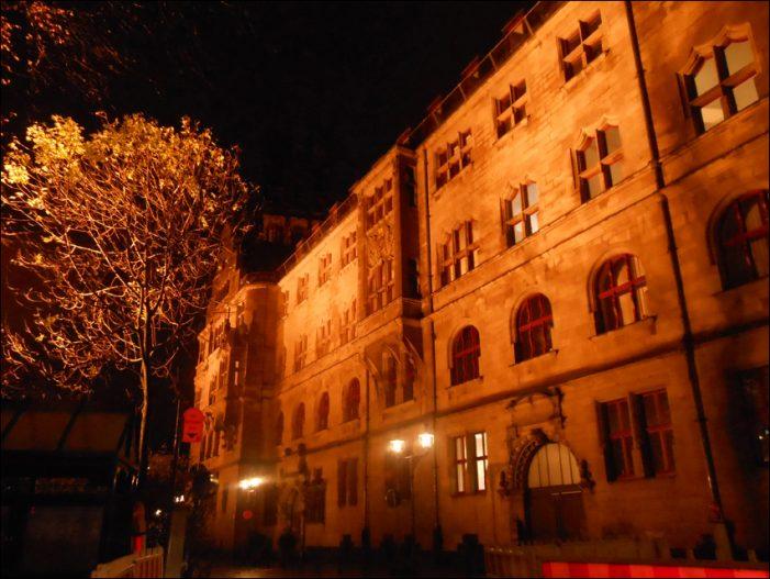 Rat der Stadt Duisburg verabschiedet Haushalt für 2018