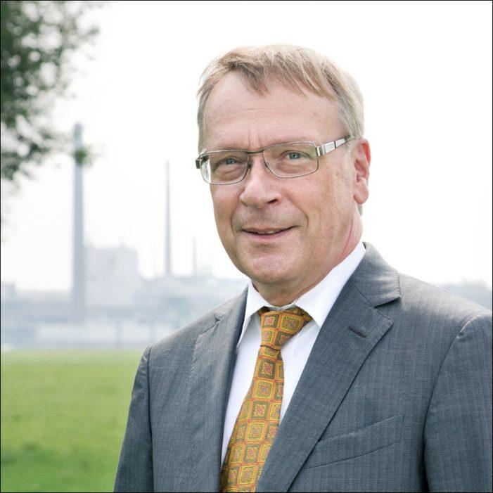 Niederrheinische IHK: Präsident Burkhard Landers zur Schaffung einer neuen Stelle für ein Dezernat Wirtschaft