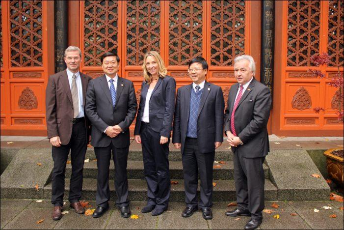 Chinesischer Garten im Zoo Duisburg in neuem Glanz