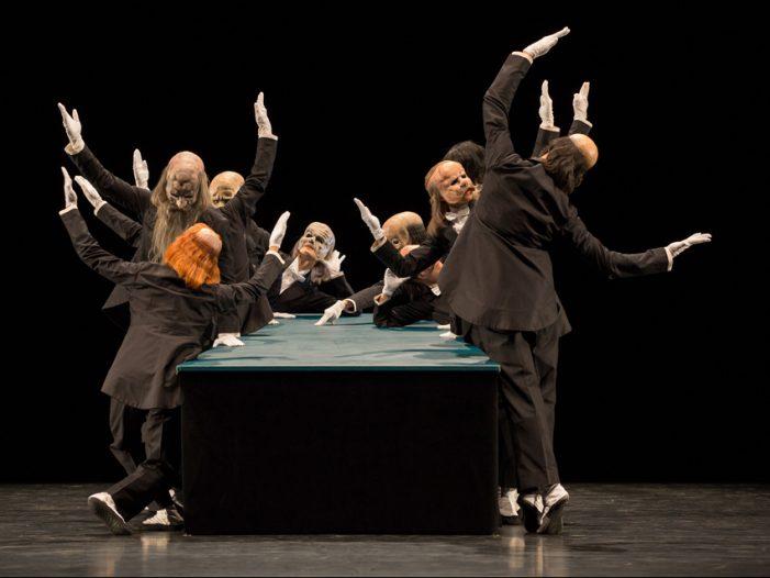 Ballett am Rhein zeigte Martin Schläpfers Ballettabend b.34 im Theater Duisburg