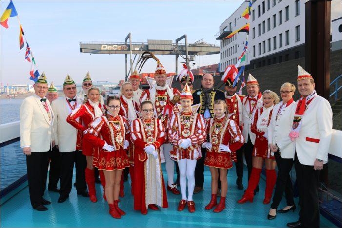 Hafenrundfahrt mit Prinz Udo I. und Duisburger Kinderprinzenpaar
