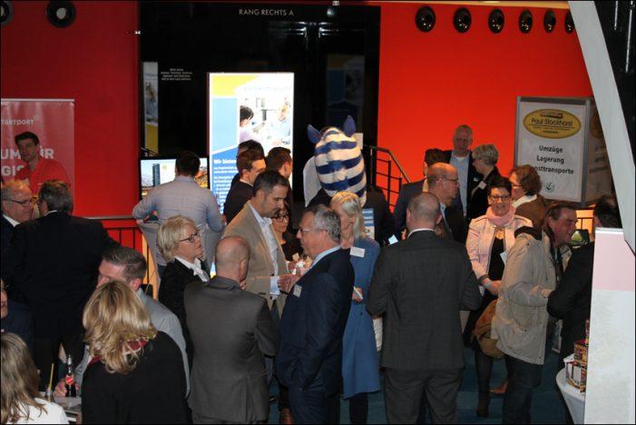 GFW-Mittelstands-Forum im Theater am Marientor: Dynamischer Abend auf drei Etagen