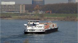 IHK fordert: Maßnahmengesetz auch für die Binnenschifffahrt am Niederrhein vorsehen
