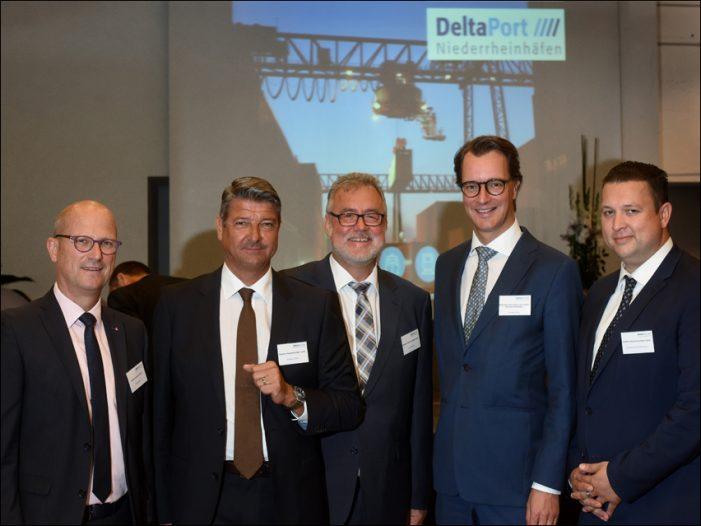 Deltaport Niederrheinhäfen luden zum 1. Hafentag nach Emmerich