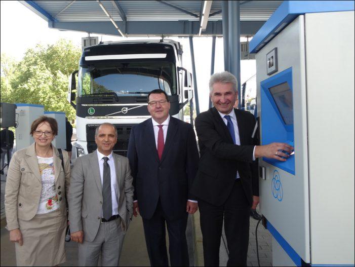 Thyssenkrupp Steel investiert in den Standort Duisburg: Logistik-Hub für die Zukunft neu aufgestellt