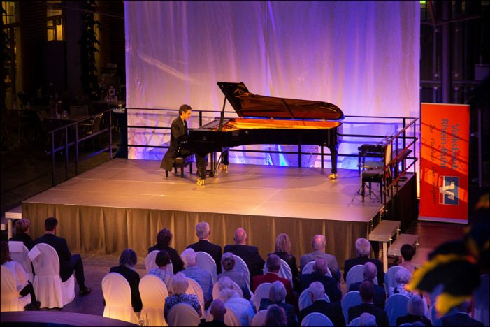 Martin Stadtfeld verzauberte beim 5. Kammerkonzert der Volksbank Rhein-Ruhr in Duisburg