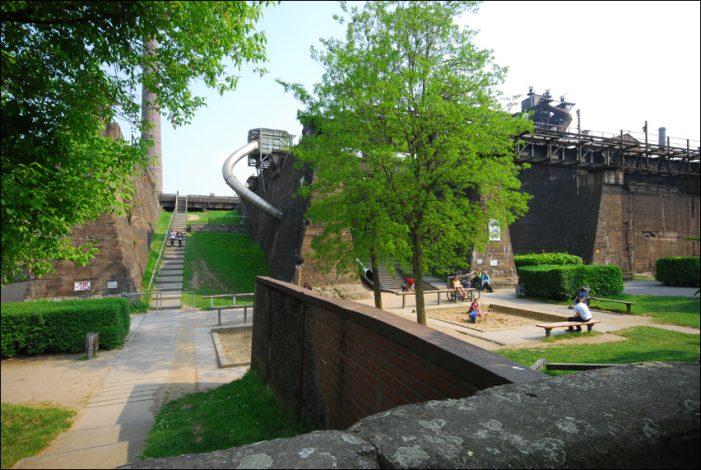 Nach Reparatur: Riesenröhrenrutsche im Landschaftspark Duisburg-Nord wieder geöffnet