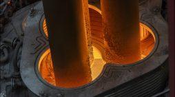 Bedeutendes Investitionsprojekt bei thyssenkrupp Steel vor dem Abschluss: Neuer Pfannenofen im Stahlwerk ist jetzt in der Erprobungsphase