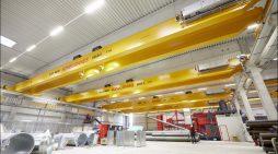 Volles Rohr, abgehoben: Sechs Krane machen Logistik von Brinker Fetten in Duisburg schneller und effizienter