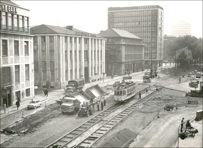 Vortrag im Stadtarchiv: Phönix aus der Asche – Der Wiederaufbau Duisburgs nach dem Zweiten Weltkrieg