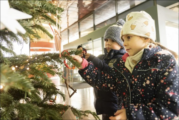 thyssenkrupp Steel in Duisburg: Kleinen Menschen eine große Freude machen