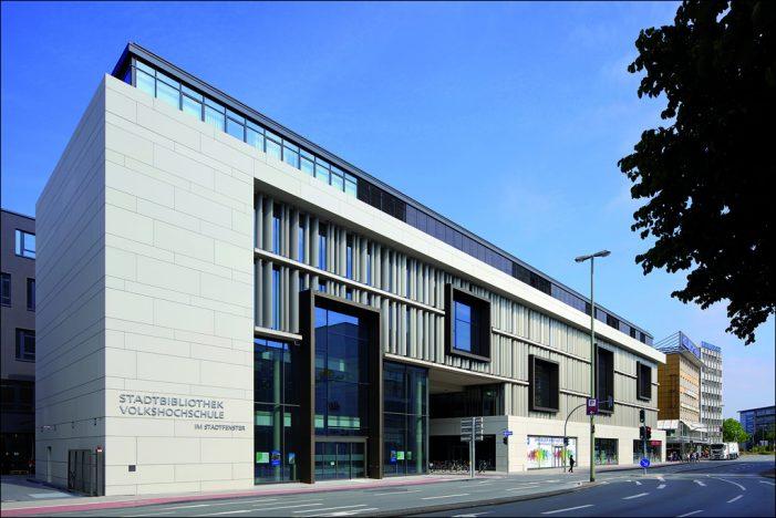 """Tagung """"Sicherheit in Bildungseinrichtungen"""" in Duisburg unter der Schirmherrschaft von Oberbürgermeister Sören Link"""