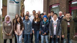 """Woche der Berufsfelder bei der WOMA GmbH: Duisburger Schüler arbeiten unter """"Hochdruck"""""""