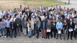 Lossprechung bei thyssenkrupp Steel: Insgesamt 125 Auszubildende bestanden ihre Abschlussprüfung beim Stahlhersteller