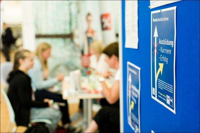 Regionaler Ausbildungsmarkt Duisburg/Niederrhein: Mehr Chancen für Bewerber
