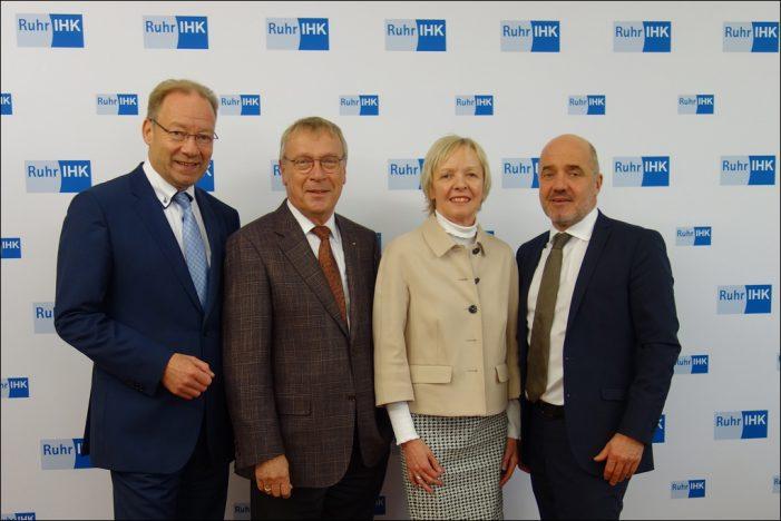 Niederrheinische IHK stellt Ruhrlagebericht vor: Konjunkturhimmel herbstlich trüb