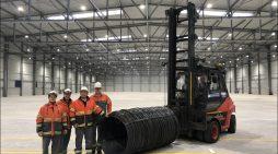 Investition für die Zukunft: ArcelorMittal Duisburg nimmt neue Lagerhalle in Betrieb