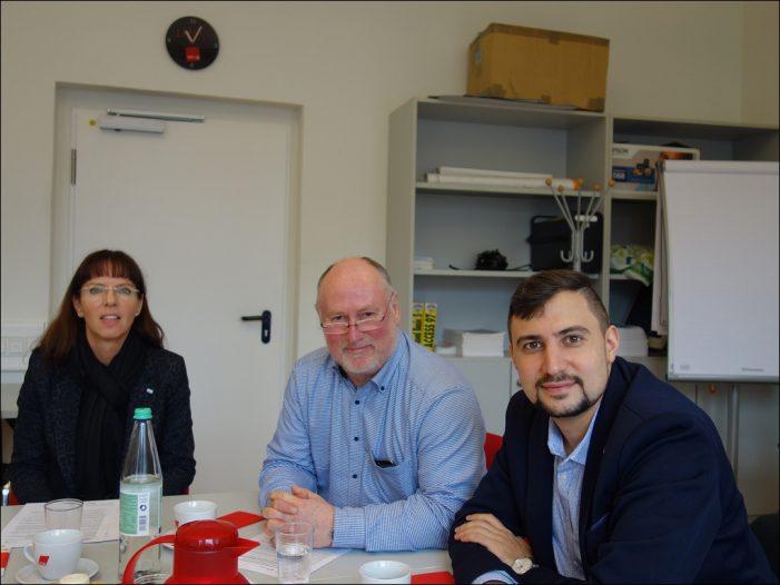 DGB Duisburg-Niederrhein: InCoach-Beratungsbüro für Geflüchtete ein Erfolg