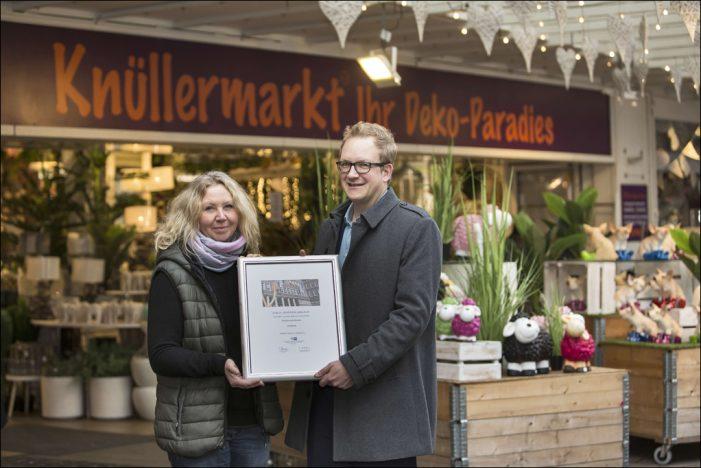 IHK lobt Engagement für die Duisburger Altstadt: Dekoparadies Knüllermarkt wird 25 Jahre alt