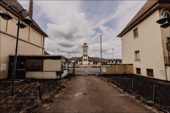 """Verlassene Orte Niederrhein: """"Der Charme des Verfalls"""" beim Sutton Verlag"""