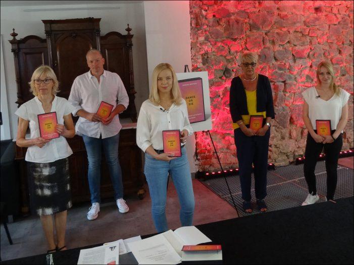 Roman zur Loveparade 2010 in Duisburg: Jessika Westen erzählt aus Sicht von Betroffenen