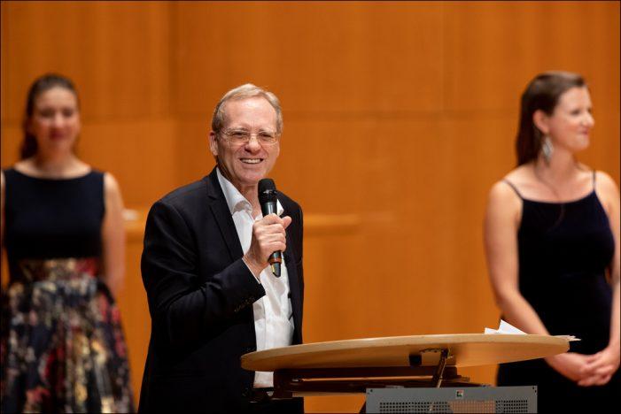Deutsche Oper am Rhein verabschiedet Operndirektor Stephen Harrison