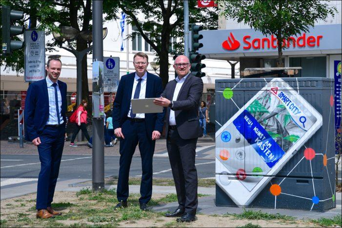 Duisburger DVV errichtet smarte Straßenlaternen in der Innenstadt