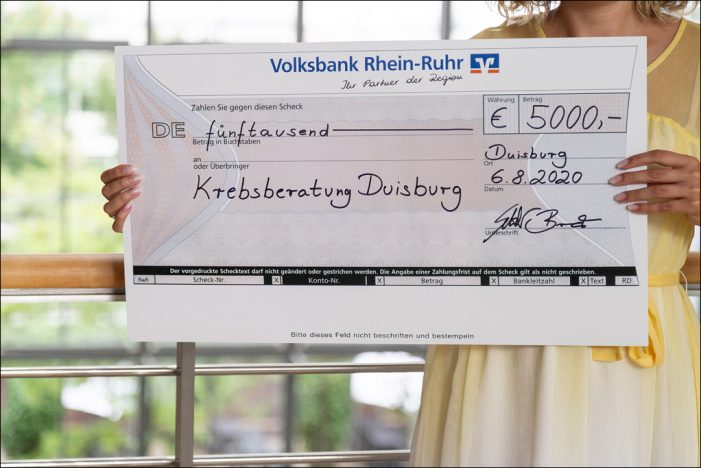 Volksbank Rhein-Ruhr spendete 5.000 Euro an die Krebsberatung in Duisburg