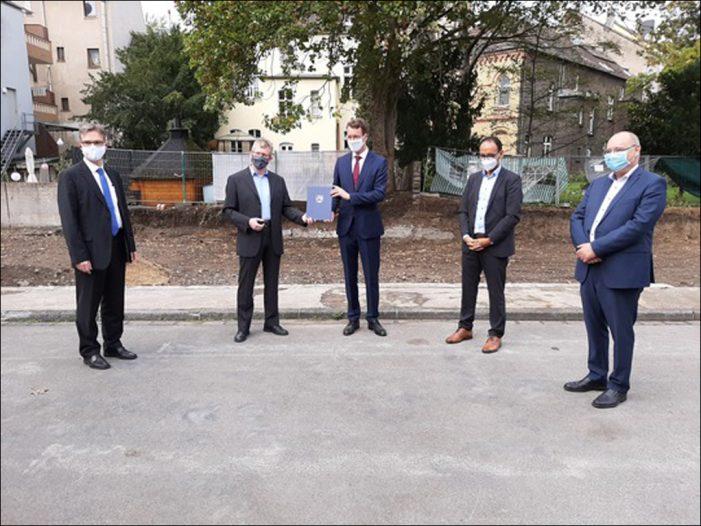 Universität Duisburg-Essen (UDE): NRW-Ministerium fördert Hafenforschungslabor