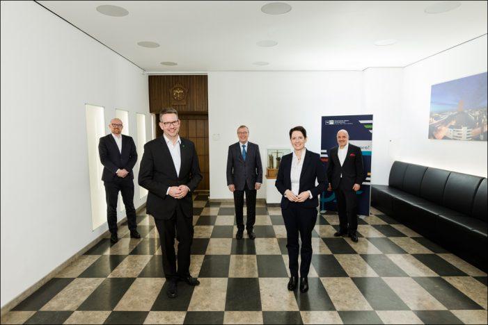 Neue Landräte und Duisburger OB im Austausch mit IHK: Zusammenarbeit in der Region weiter stärken