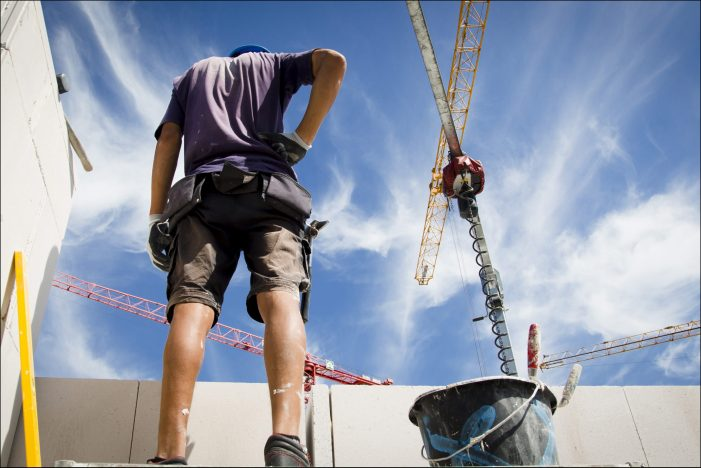 Volle Auftragsbücher in Duisburg: 800 Baugenehmigungen im vergangenen Jahr