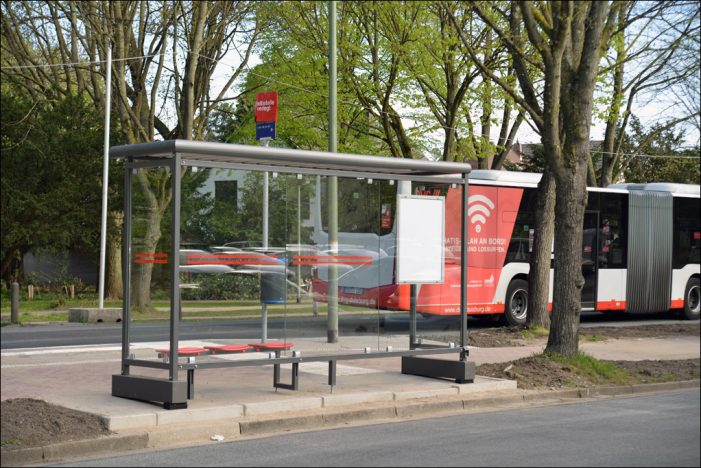 Mehr Komfort für Fahrgäste in Duisburg: DVG setzt mobile Wartehallen ein