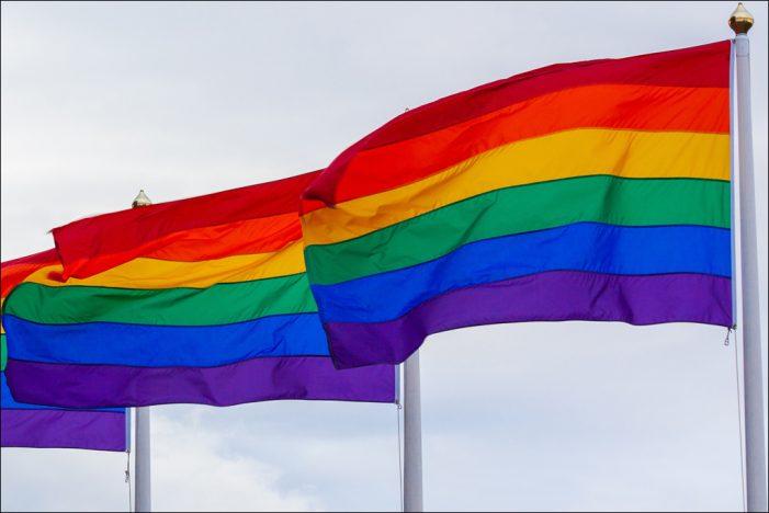 Jusos setzen Zeichen für Akzeptanz und Vielfalt an der Jugendkirche in Duisburg