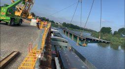 Karl-Lehr-Brückenzug in Duisburg: Vormontage der neuen Brücken läuft störungsfrei
