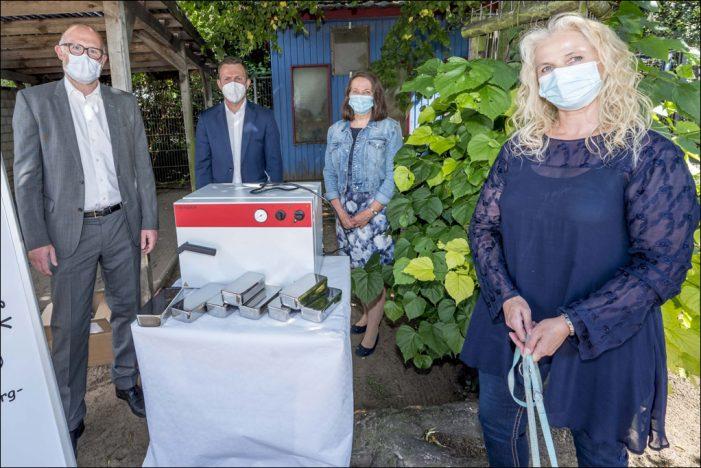 Spendenübergabe im Duisburger Tierheim