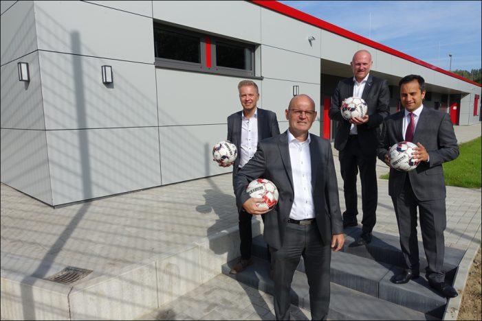 Neues Umkleidegebäude für die Sportanlage Kerskensweg / Holtenerstraße in Duisburg-Walsum