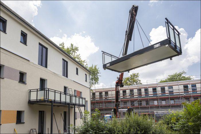 "Vonovia in Duisburg: Aktive Wohnumfeldgestaltung im ""Hüttenheim Carrée"""